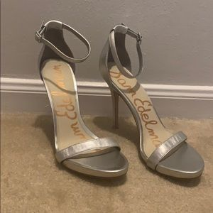 NWOT Sam Edelman silver strappy heels